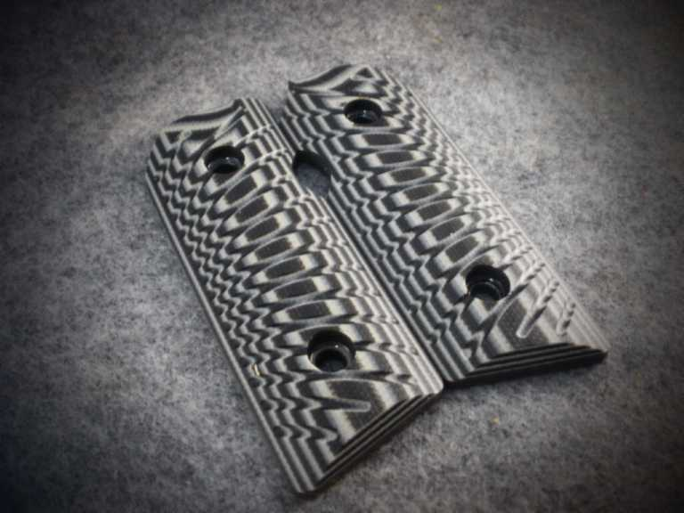 2966 Black & Gray G10 with Starburst Checkering