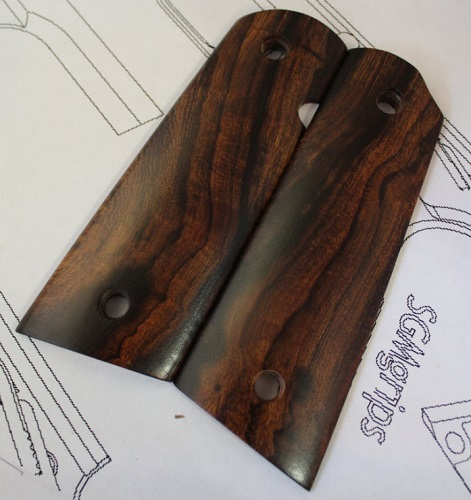 75027 Mexican Cocobolo Burl Gov't Magwell GripsGrips